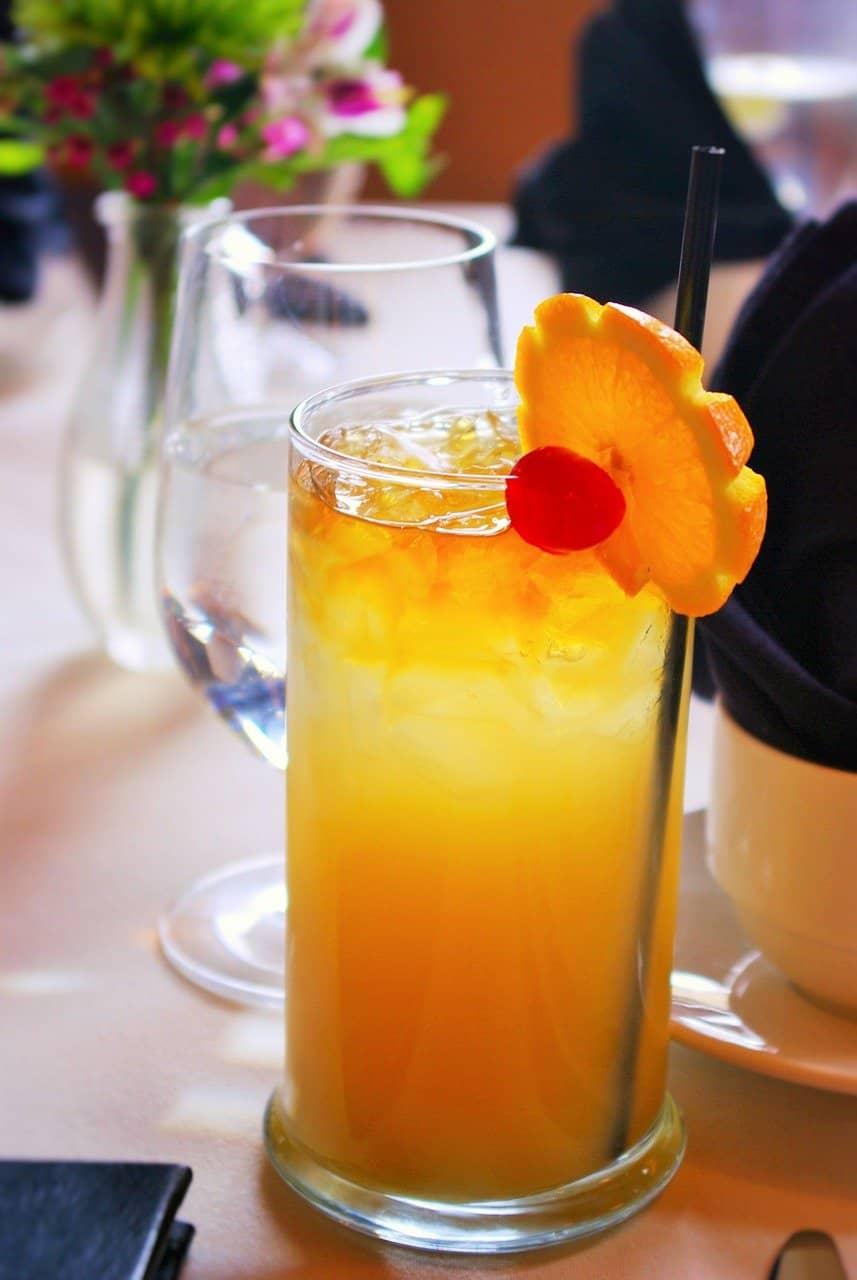 Singapore Sling Cocktail mit Gin