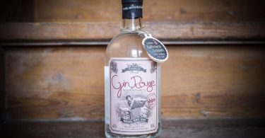 Rouge Mosel Dry Gin im Test & Tasting