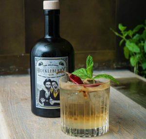 Chili Monday Cocktail mit Huckleberry Gin