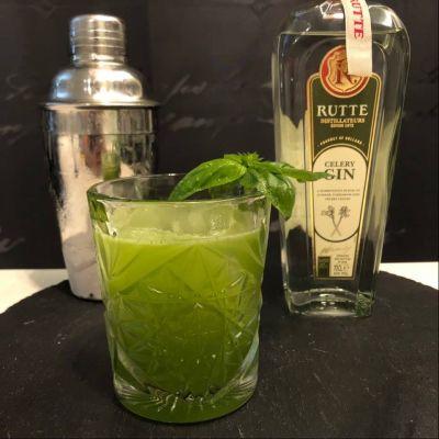 Gin Basil Smash Cocktail mit Rutte Gin