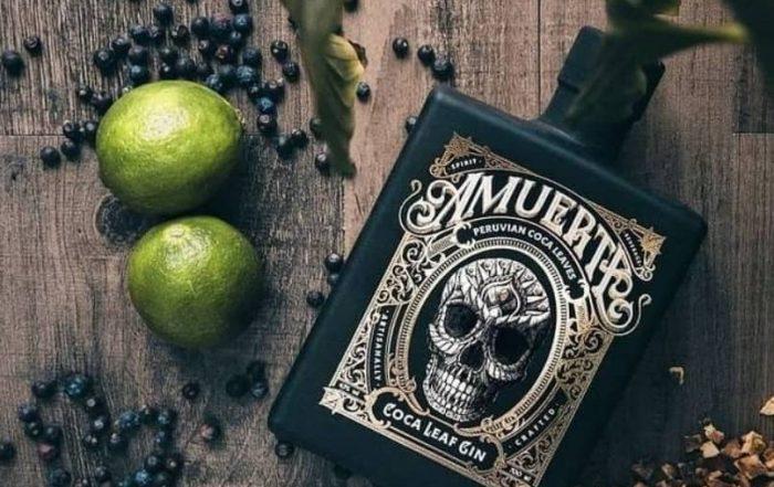 Amuerte Gin mit Limetten