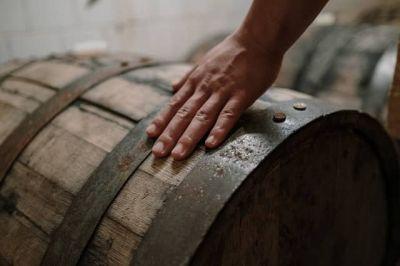 Barrel Aged Gin im Holzfass