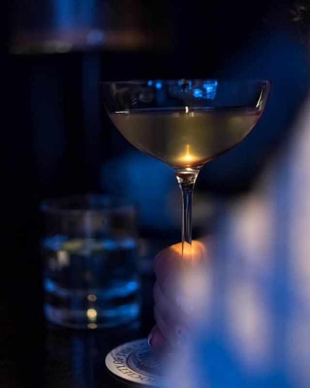Gimlet Cocktail mit dem Lind & Lime Gin
